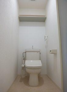 トイレ-プレイスアイル402